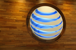New AT&T Store Aims to Outshine Apple on Chicago's Magnificent Mile