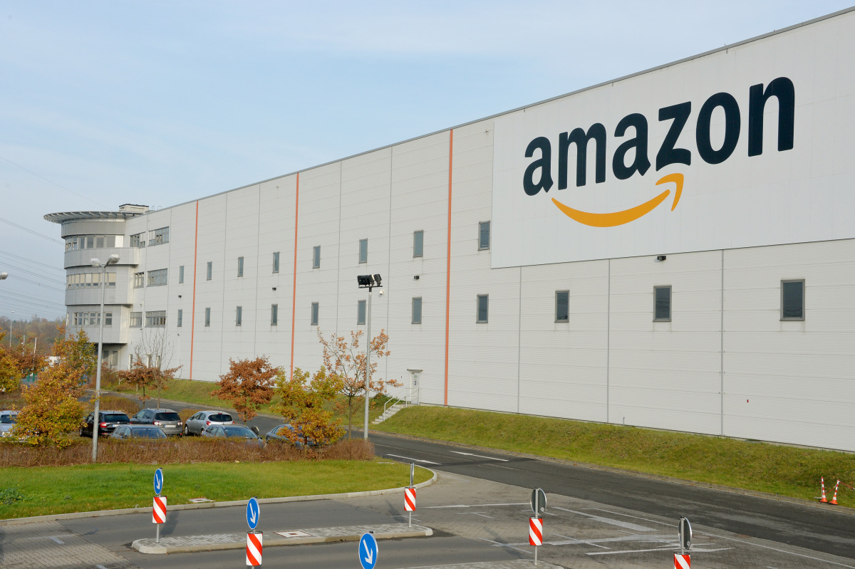 amazon logistics Choice logistics, inc has offered time-critical delivery services for nearly fifty years the company began in new york in 1964 as choice courier, delivering packages for accountants, lawyers, and other professional firms throughout new york city.