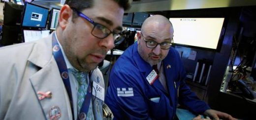 NYK505_USA_STOCKS