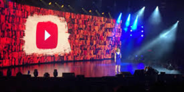 YouTube loses millions as advertising row reaches US